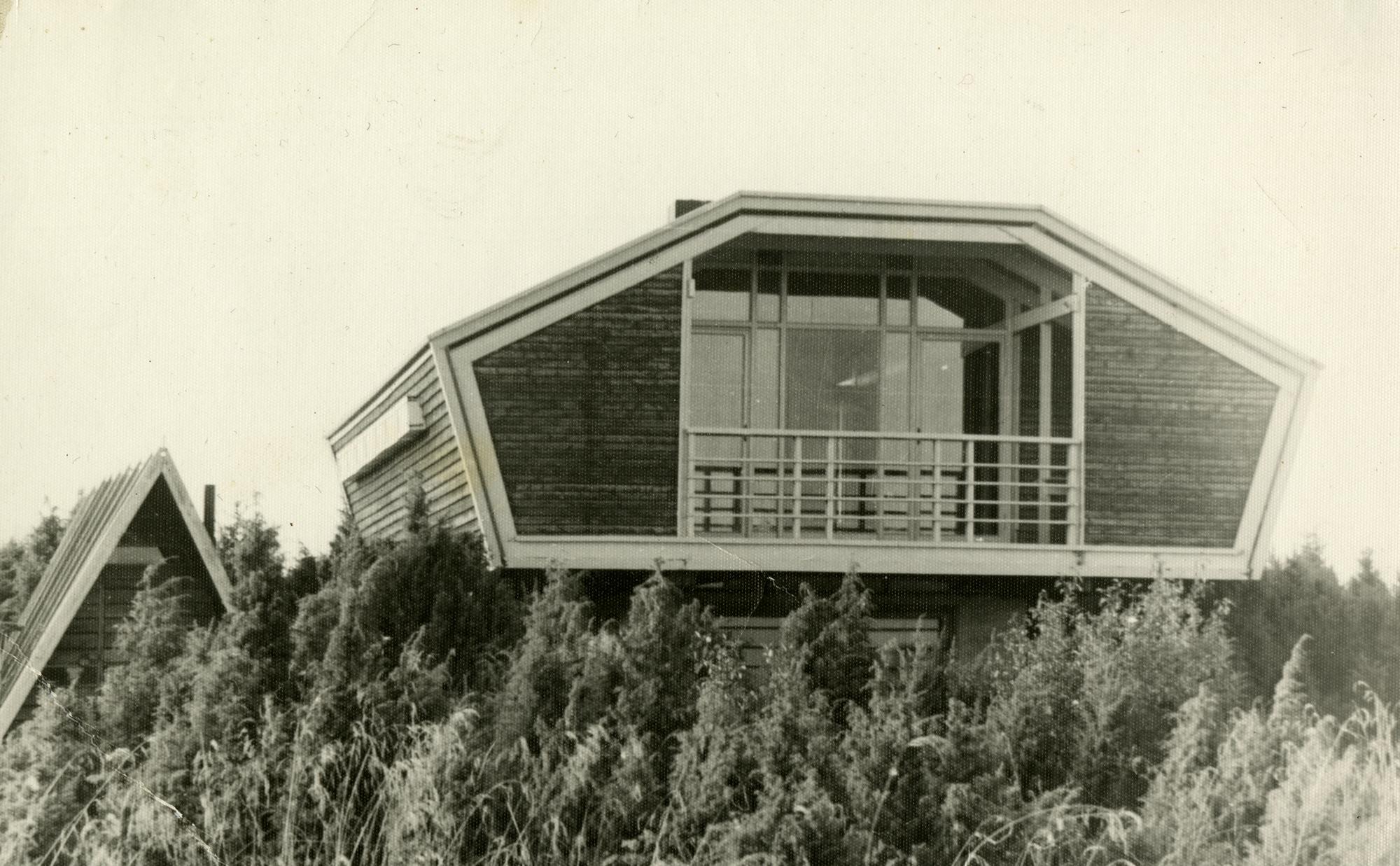 Arhitekt Heino Parmase suvila Muristes Oolaiul, 1976. Foto: Eesti Arhitektuurimuuseum