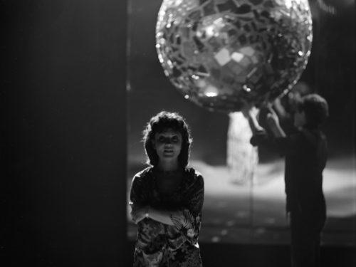 Laulja Els Himma ETV vana-aasta õhtu programmis. Foto: Heidi Maasimets/ERRi arhiiv