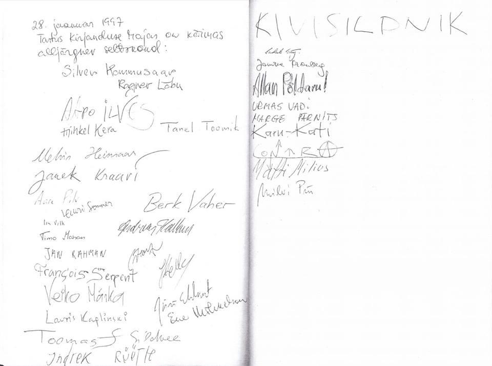 Tartu NAKi taasasutamiskoosolekul viibinute täielikulähedane nimekiri Tartu Kirjanduse Maja külalisraamatust.