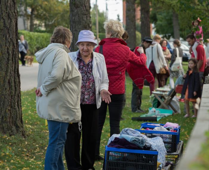 Aiamüük ja kohvikutepäev Annelinnas eelmisel aastal. Foto: Arp Karm