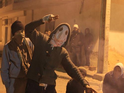 Araabia kevad tõi noored tuneeslased 2012. aastal Siliana tänavatele, kus rahutused kujunesid kiiresti vägivaldseks. Foto: Collin Anderson (CC)