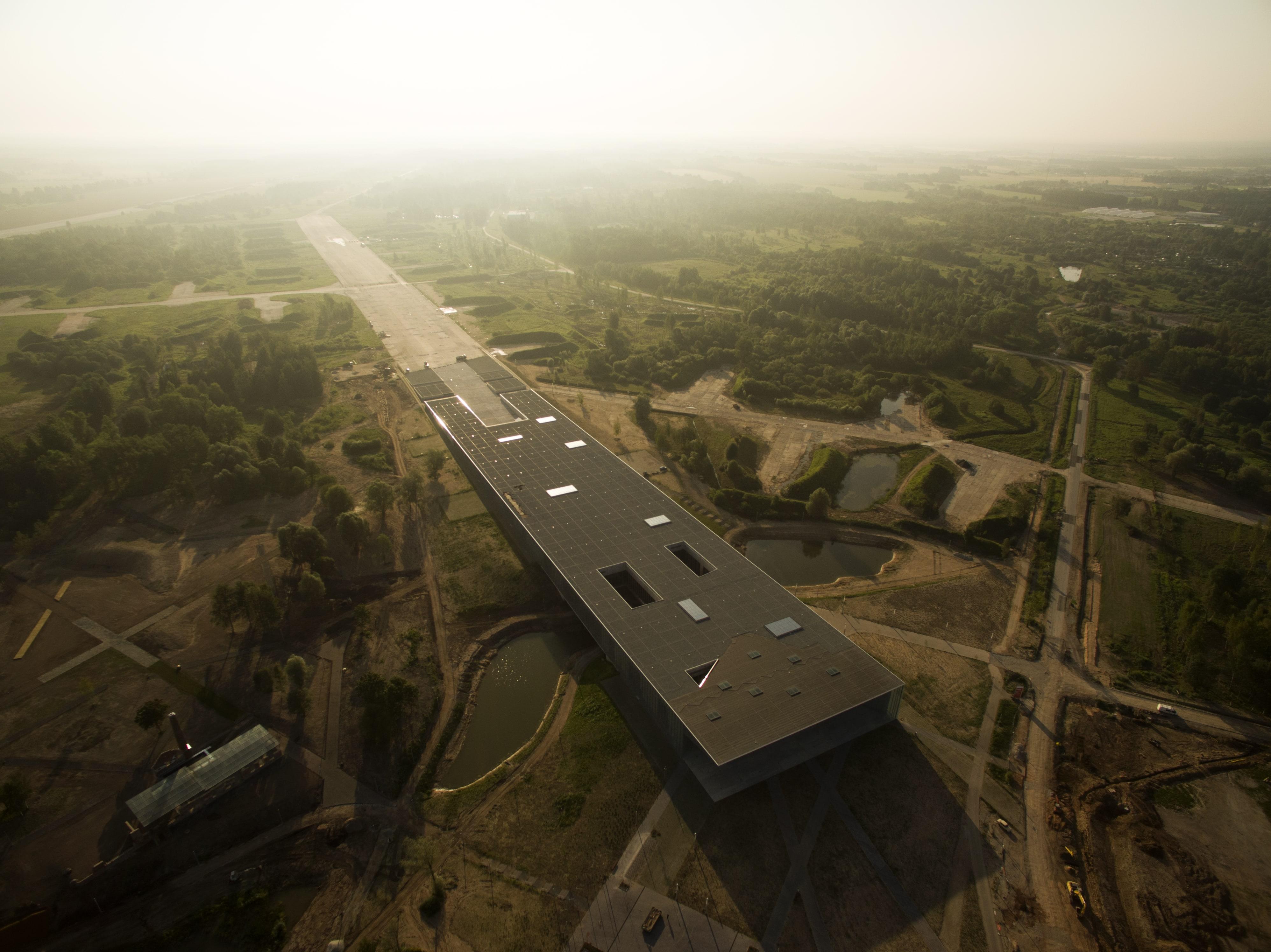 Eesti Rahva Muuseumi uus hoone linnulennult. Foto: Tiit Sild (katus.eu)