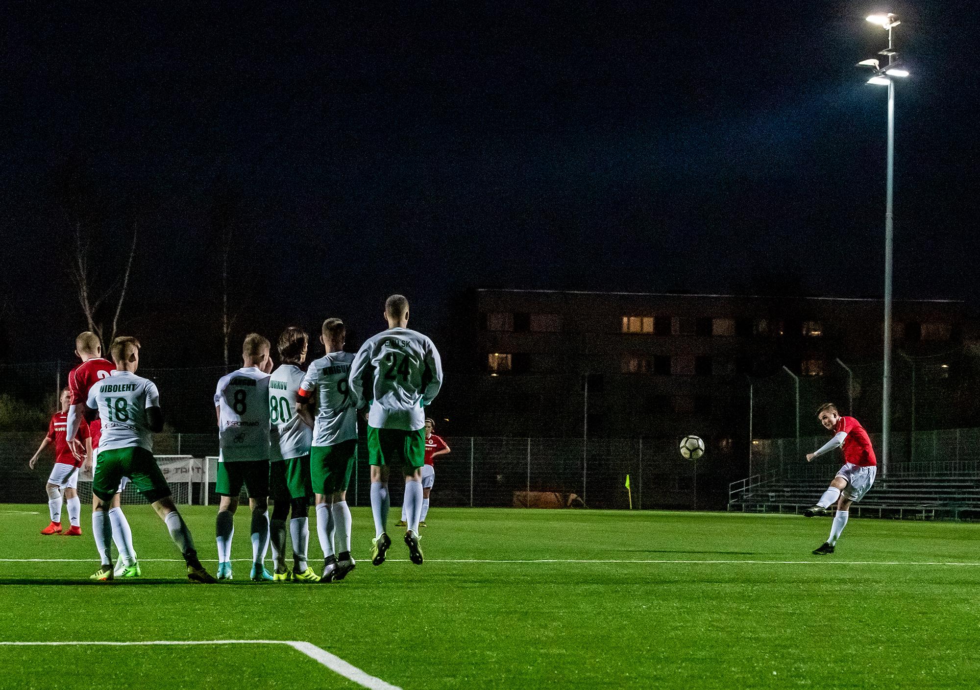 Rahvaliigas alustanud FC Zapoos sihib nüüd ristnurki juba kolmandas liigas. Foto: Joakim Klementi