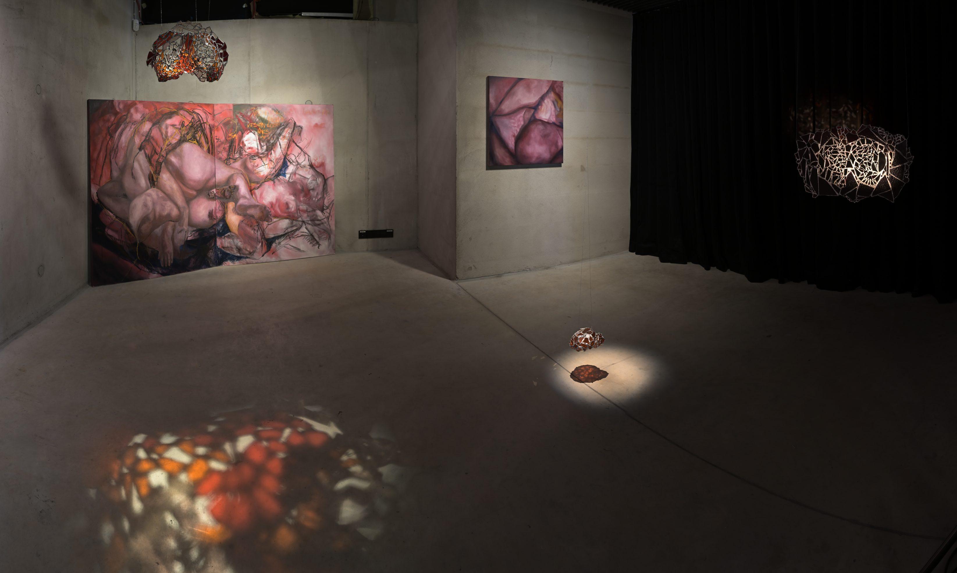 """Brenda Purtsak """"See me olemegi"""" ruumivaade, EKA vabade kunstide osakond. Foto: Stanislav Stepashko"""