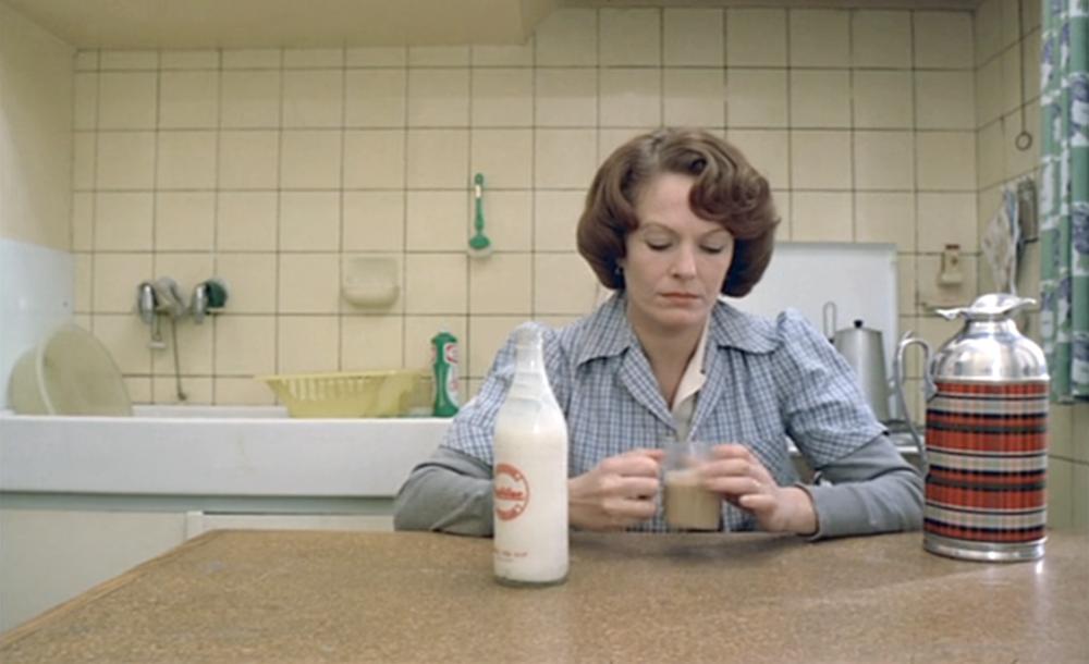 "Kaader Chantal Akermani filmist ""Jeanne Dielman, 23, Quai du Commerce, 1080 Bruxelles"""