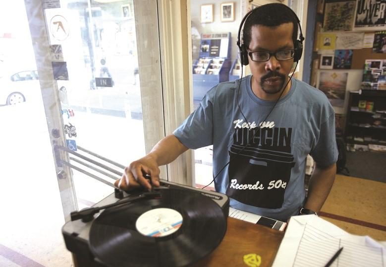 DJ Amir. Foto: Theo Jemison