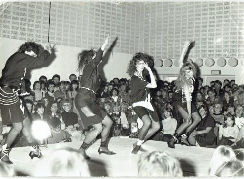 "Anu Hindi kollektsioon ""Must-Valge"" (1984). Foto: Anu Hindi erakogu"