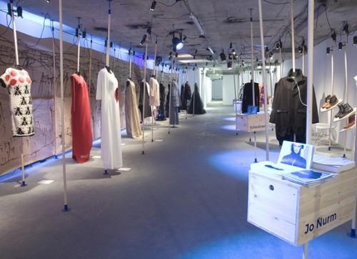 """Fashion Now: Estonia"". Kuraator: Tanel Veenre. Foto: Hannah Laycock"