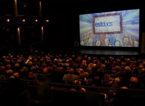 Eesti-teemalise dokfilmifestivali EstDocs 2013 galaõhtu Torontos. Foto: Kaarin Lupp