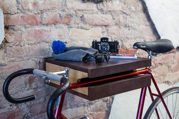 """""""Fixa"""" shelf. Photo from chrome.lv."""