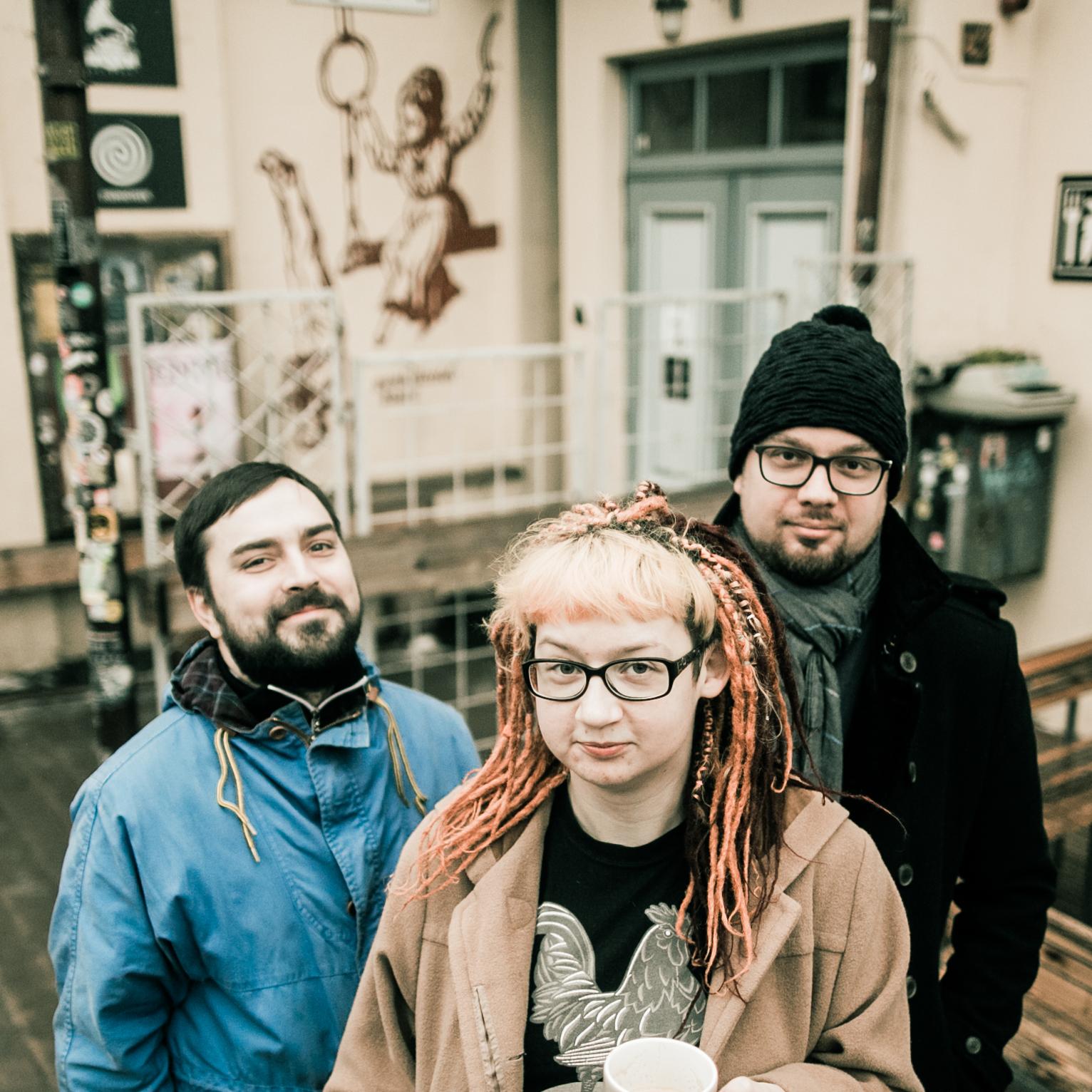 Generaadio tegijad Raik Sõster, Mari-Liis Leis ja Kaspar Aug. Pildilt on puudu Umar Zarip. Foto: Gabriela Liivamägi