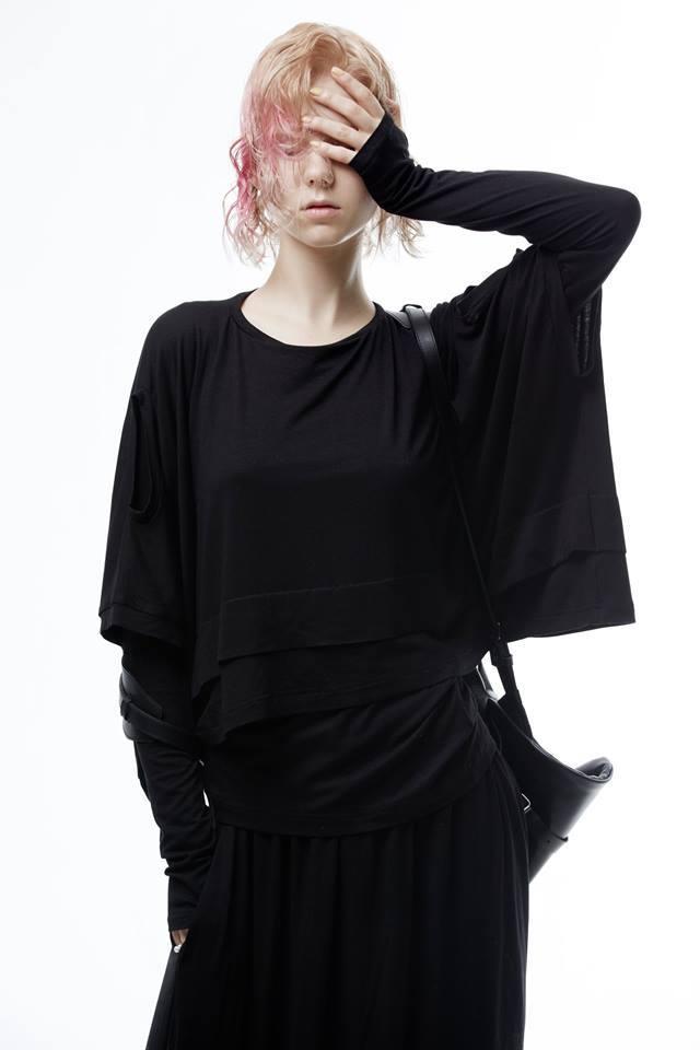 Gills Clothes by Nelli Nedre, accessories Asya Malbershtein. Photo: Tima Sergeev