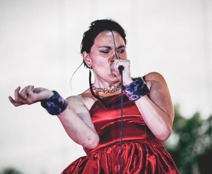 Inuittide kultuuri nägu kujundab kaasajal tugevalt ümber inuiti laulja Tanya Tagaq. Foto: Wikimedia Commons