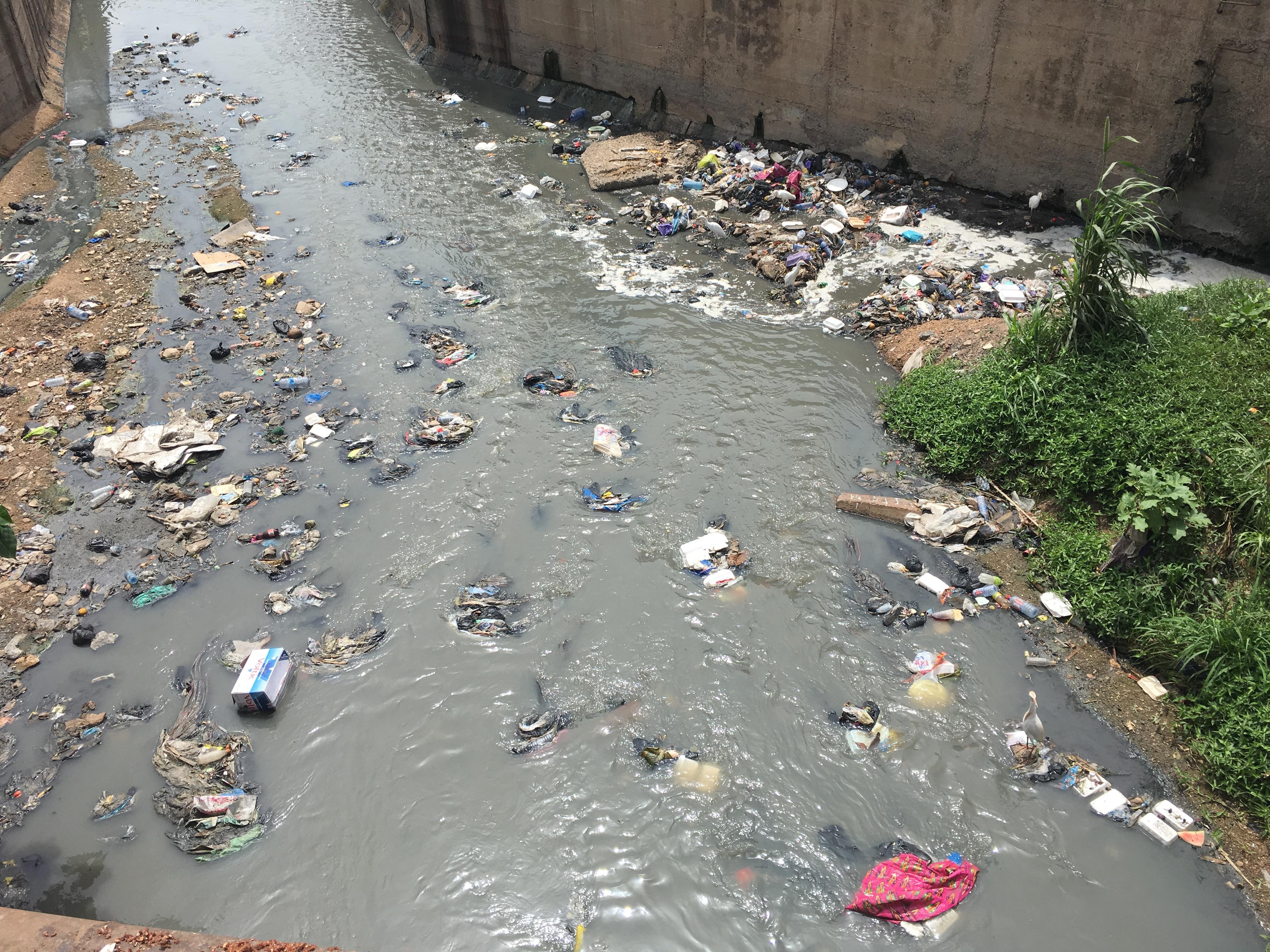 Kanalisatsioon Accras: Foto: Helen Tammemäe