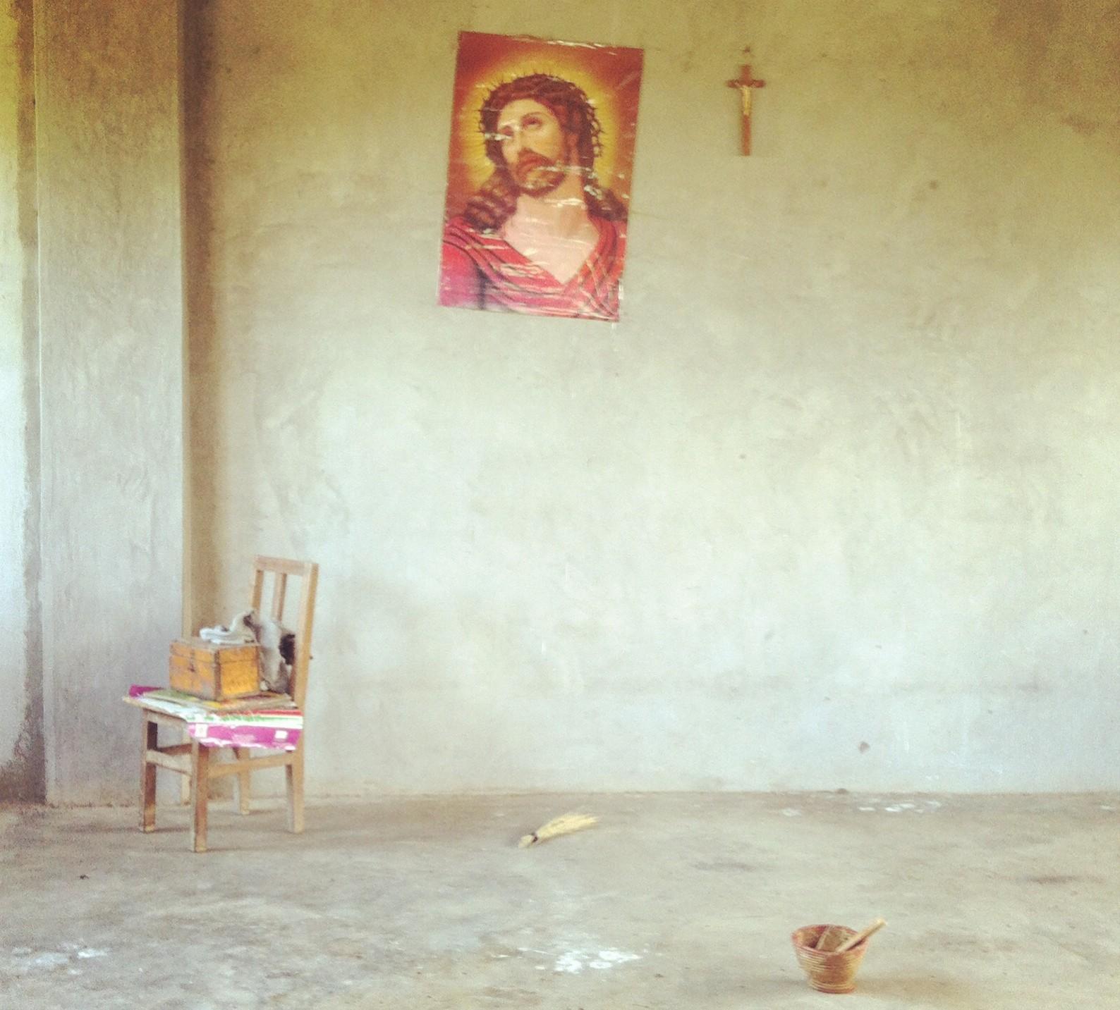 """Artikli autor soovitab vaadata eelmise aasta PÖFFi filmi """"Jumal armastab Ugandat"""", et kristlust Aafrikas paremini mõista. Foto: erakogu"""