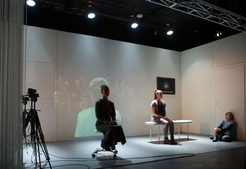 "Foto 16.ja 17.oktoobril teatris NO99 etenduvast Dmitri Volkostrelovi lavastusest ""Delhi tants"""