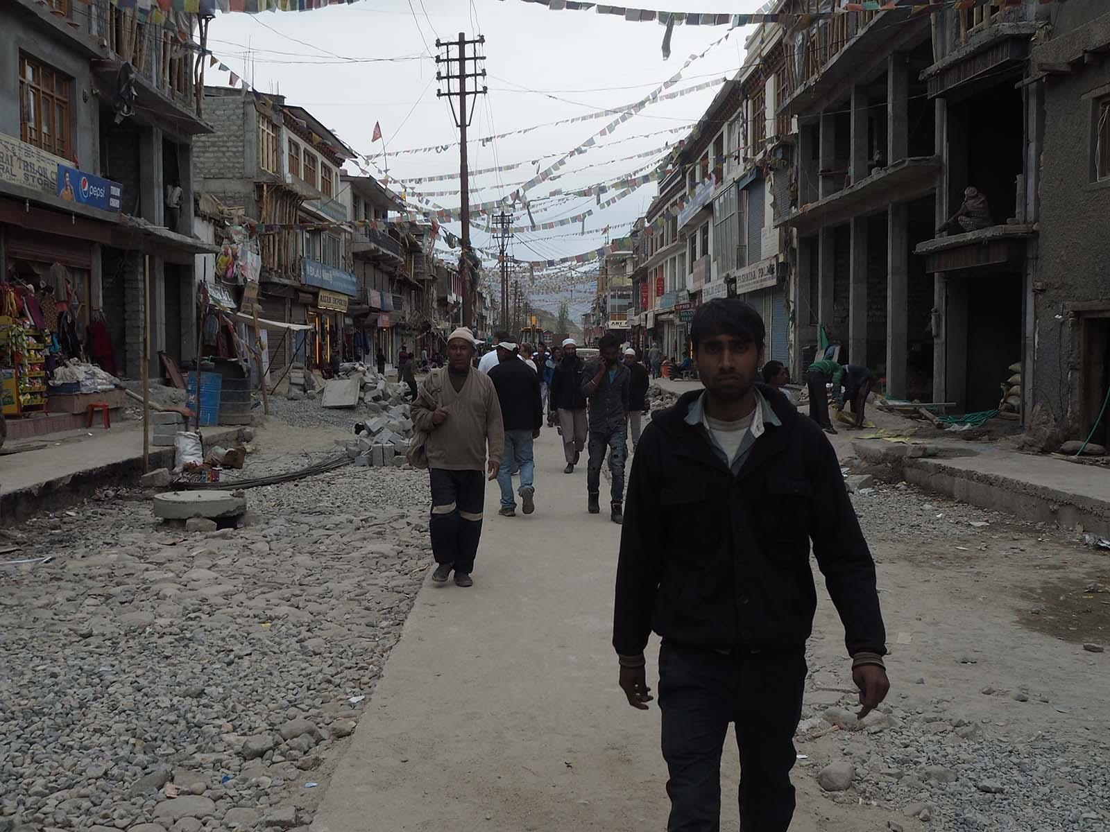 Ladakhi pealinna Leh peatänav meenutab rohkem ehitusplatsi kui linnabulvarit.