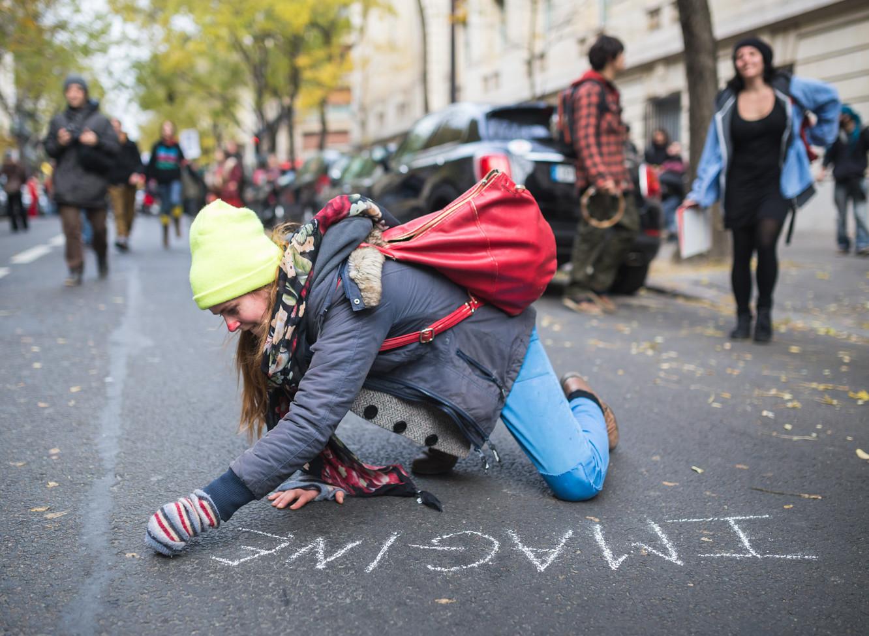 12. detsembri ehk D12 meeleavaldusel valdas tuhandeid Pariisi peatänavale kokku tulnud inimesi rõõm ja võidumeeleolu.