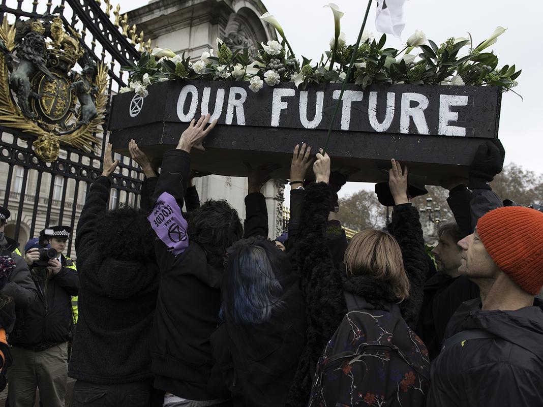Extinction Rebellioni marss ja meeleavaldus Buckinghami palee ees. Foto: Andres Pantojo / Sopa Images vis ZUMA Wire