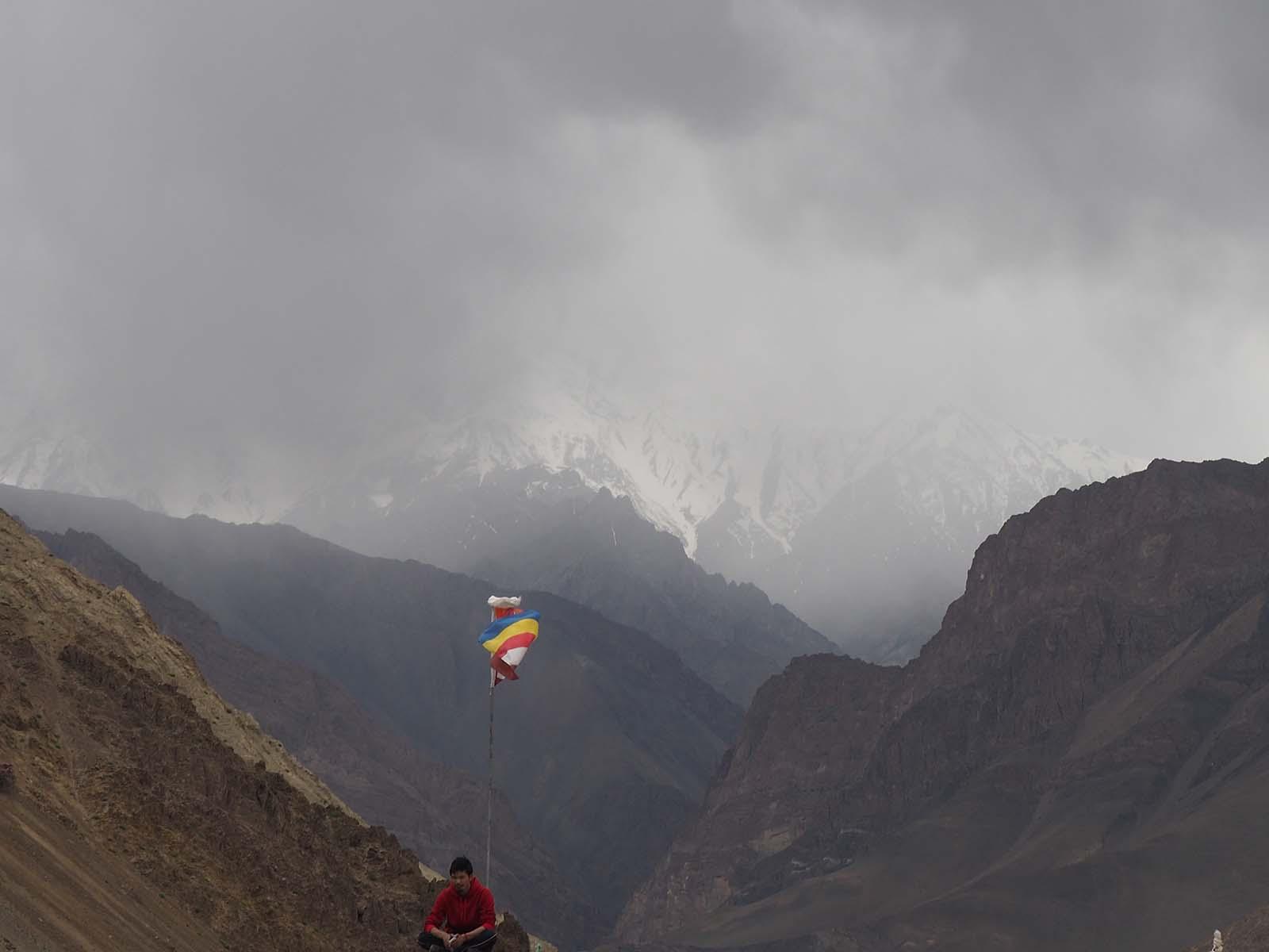 Kurjakuulutavad loodusjõud saabuvad mägedes tihti ootamatult.