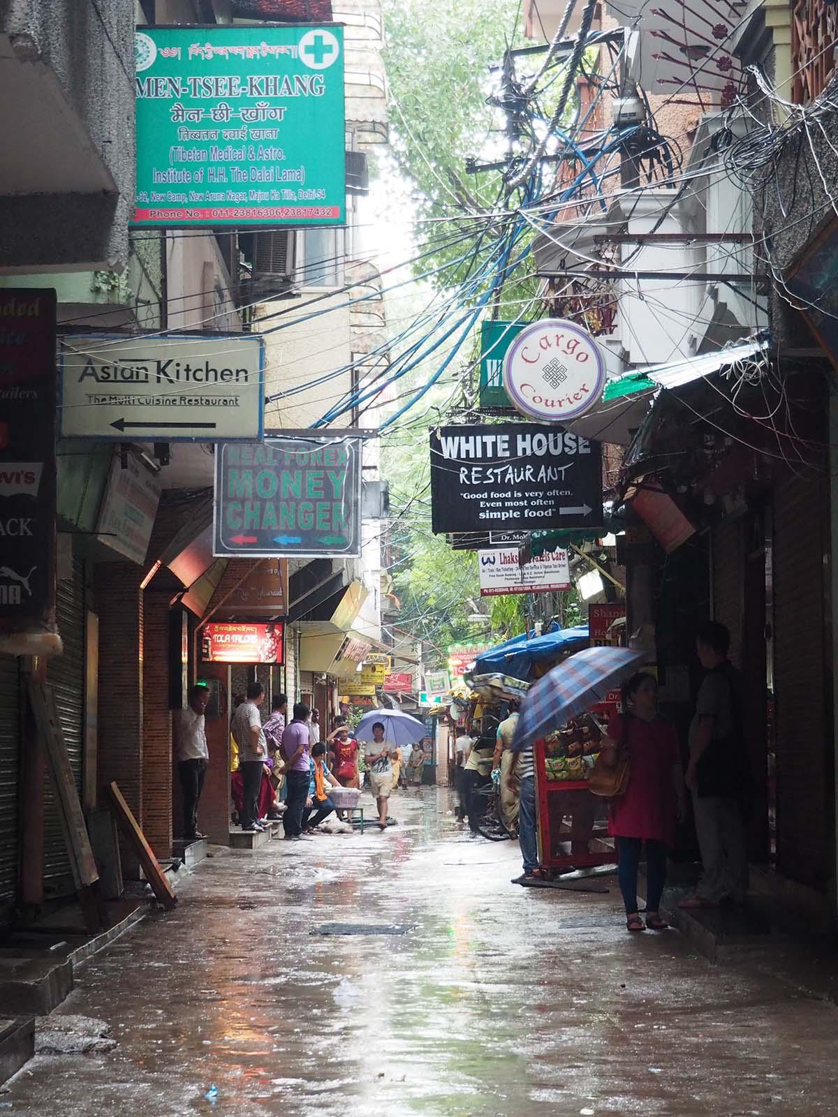 Hommik Delhis Tiibeti pagulaste koloonias Majnu Ka Tillas.