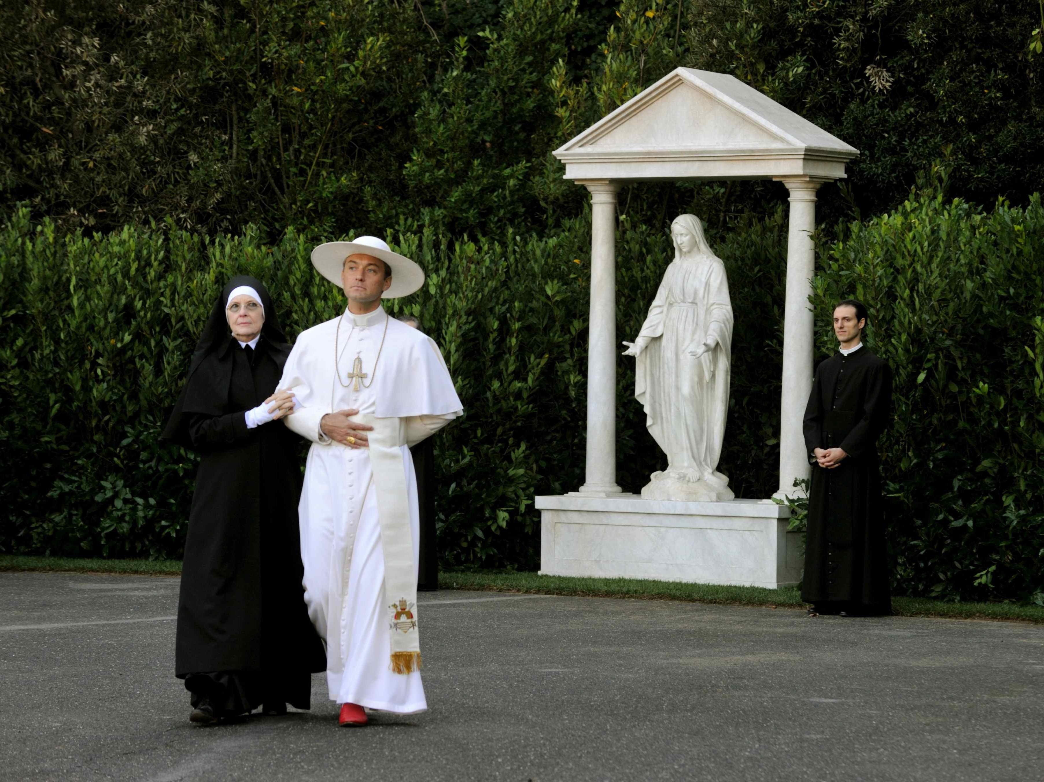 """Noor paavst"". Kaader sarjast"