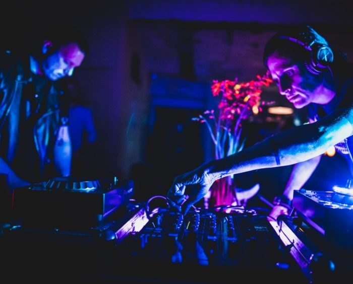 Beats From The Vaulti residendid Neon D.I ja 4-got-10. Foto: Evert Palmets