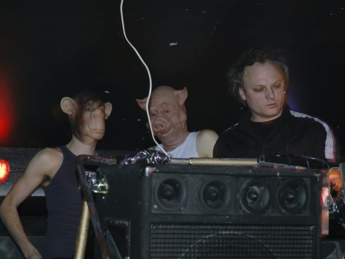 DJ Sotofett, DJ Fett Burger ja Pomassl. Foto: Pelle Kalmo
