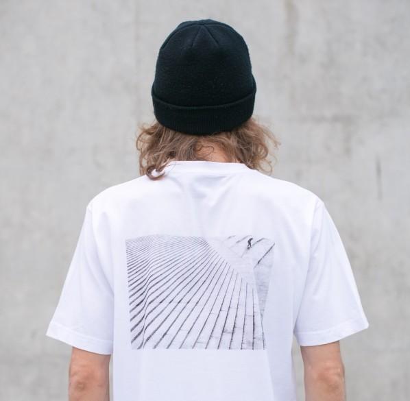 Ratchet Notioni tänavaspordist inspiratsiooni saanud prindiga T-särk. Foto: press