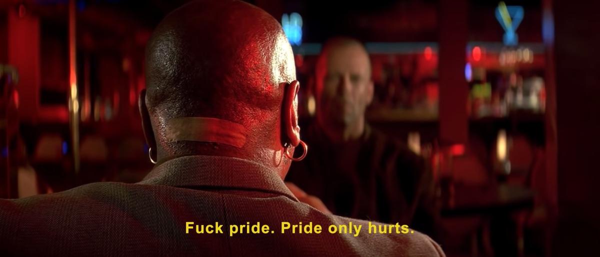"""Stseen kultusfilmist """"Pulp Fiction"""", kus Ving Rhames ütleb Bruce Willisele: """"Persse uhkus. Uhkus teeb vaid haiget."""" Foto: kaader filmist"""