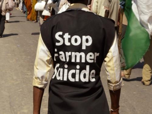 Indias toimuvad meeleavaldused, kus nõutakse riigi tasandil põllupidajate enesetappude probleemi tunnistamist ja sellele lahenduste otsimist. Foto: Wikimedia Commonsi kasutaja Yann Forget (CC-BY-SA-3.0)
