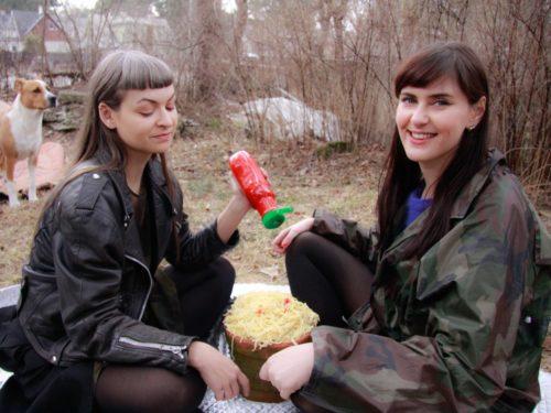 Helis Heiter ja Maria Ader. Foto: Liisa Kivi