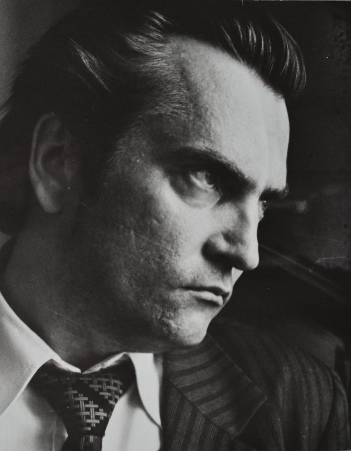 """1979. aasta jäädvustus mängufilmi """"Tuulte pesa"""" proovivõtetelt, kuhu Vahing valitigi vanemat metsavenda mängima. Foto: Villu Reiman (Eesti Rahvusarhiiv)"""