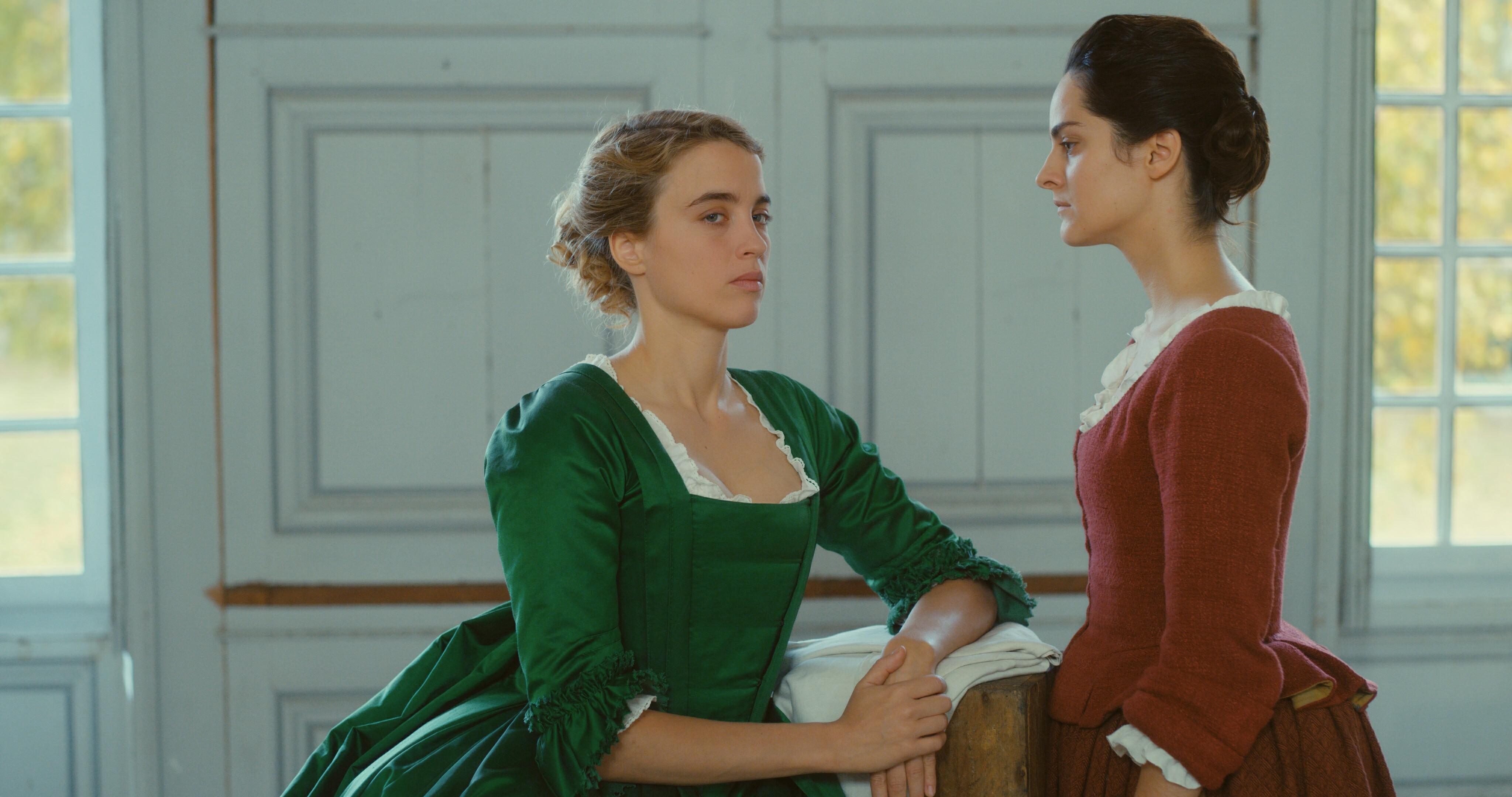 """Kaader Céline Sciamma filmist """"Põleva tütarlapse portree"""", mis kujutab möödunud sajandite naistevahelist armastust"""