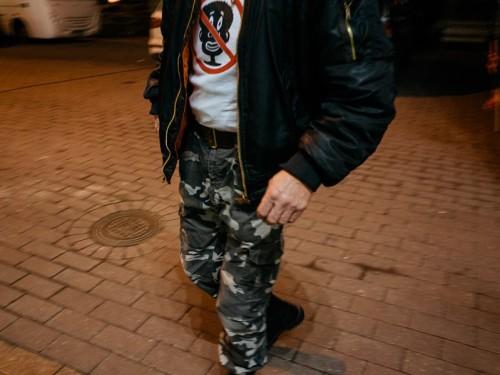 Pagulasvastane tõrvikurongkäik Tartus novembri lõpus 2015. Foto: Priit Mürk