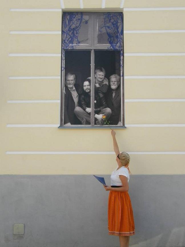 A traditional Muhu skirt worn for university graduation (Tartu). Photo by Maria Jürisson