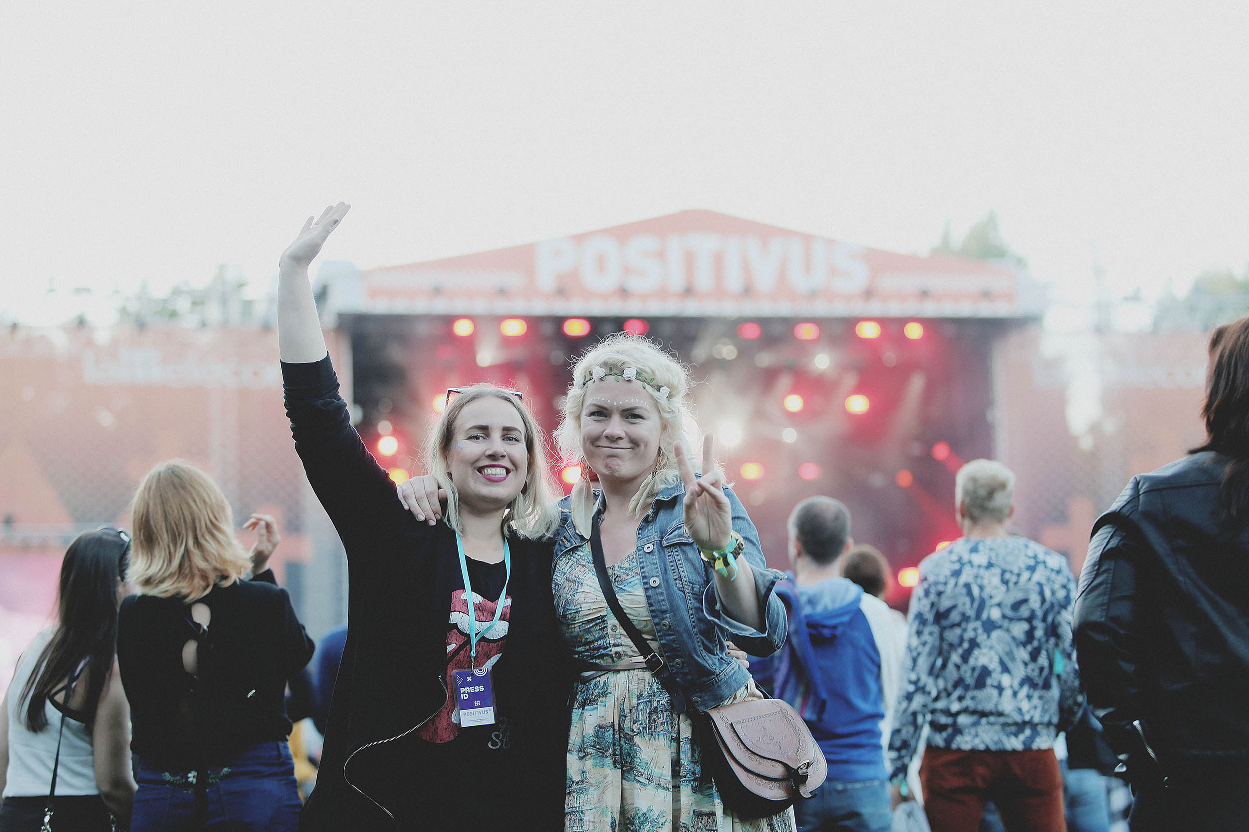 Liisa Lahtmets (vasakul). Kõik fotod: Ken Mürk