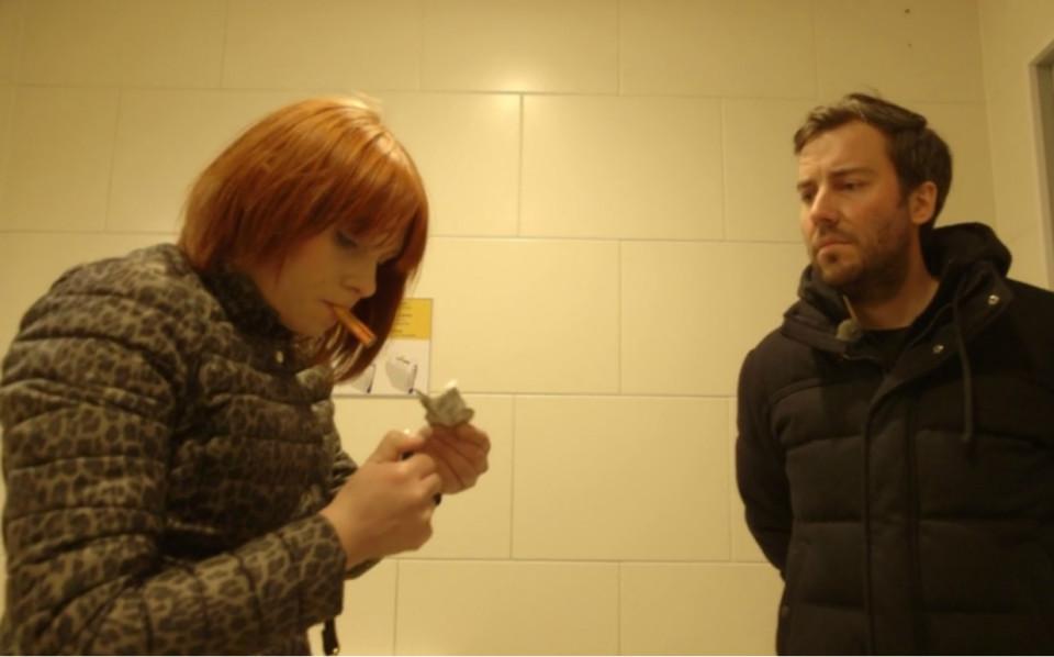 Veronika ja saatejuht Roald Johannson. Kaader saatest