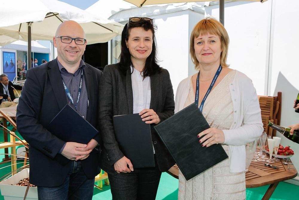 Rolandas Kvietkauskas, Dita Rietuma ja Edith Sepp. Foto: Erlend Štaub