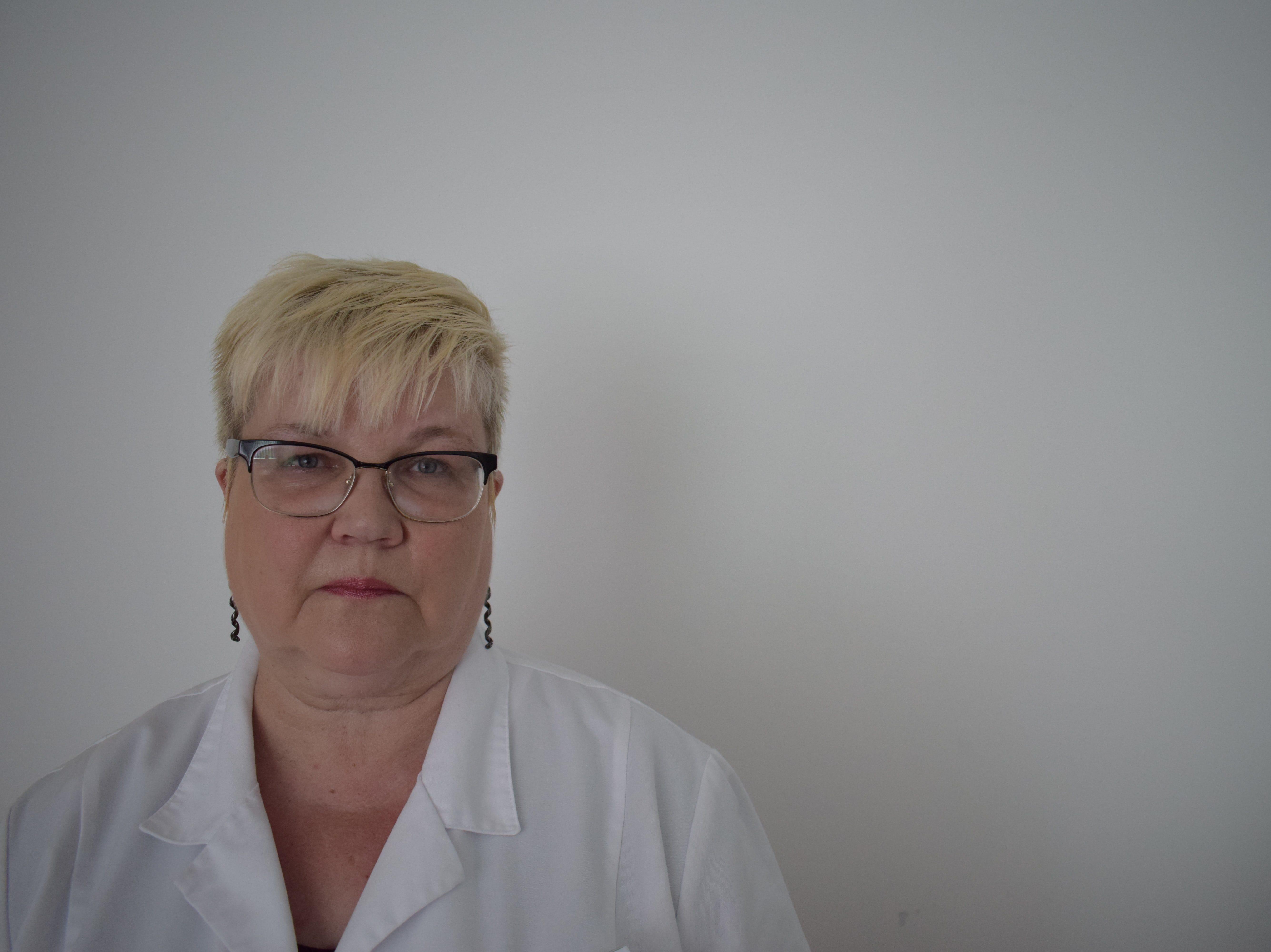 Ida-Tallinna Keskhaigla õendus- ja hooldusabikliiniku hingehoidja Rutti Proosa. Foto: Olivia Tammisto