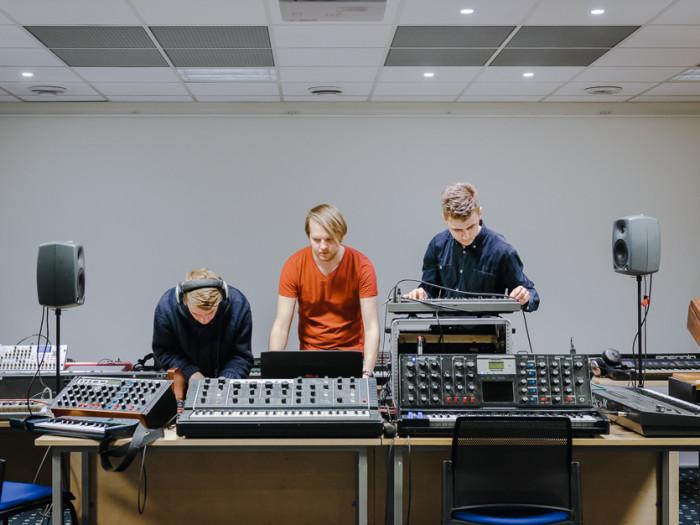 Eelmisel aastal toimus Eesti Muusika Päevade ajal näitus, kus tutvustati rariteetseid süntesaatoreid. Foto: Aleksander Kelpman