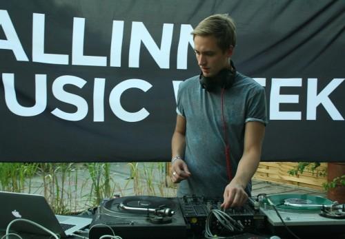 Sander Mölder Berliini muusikanädala Tallinn Music Weeki showcase'il. Foto: Helen Tammemäe