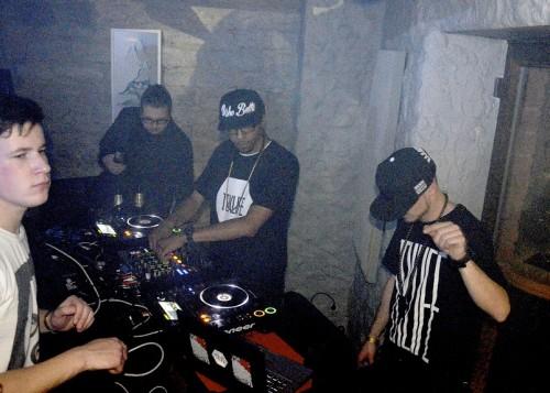 Footwork'i saadikud DJ Spinn (vasakul) jaTaso Hetkes. Foto: Andres Lõo