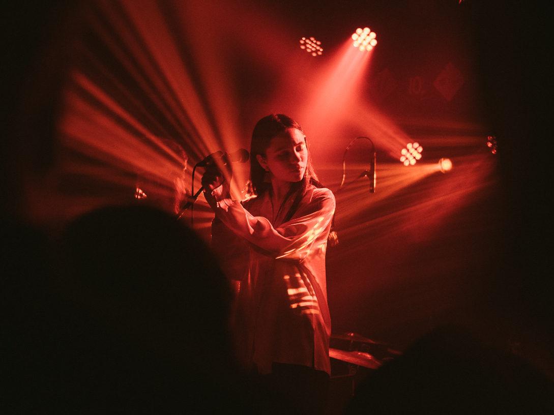 Eliann Tulve Holy Motorsiga tänavuse Tallinn Music Weeki laval. Foto: Janis Kokk