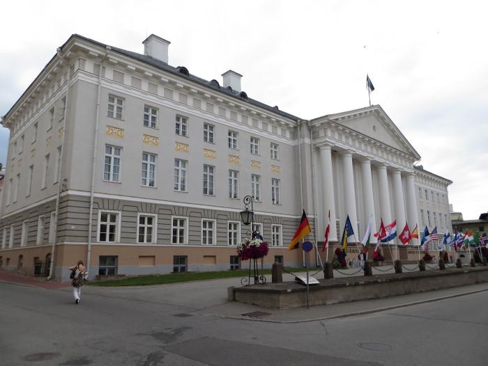 Tartu Ülikooli peahoone. Foto: Flickri kasutaja Bernt Rostad (CC BY 2.0)