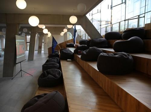 Tartu Ülikooli Narva Kolledži sisevaade