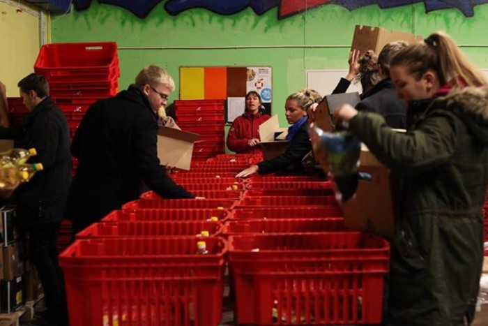 RAM kooli noored Toidupangas abis. Foto: Toidupanga Facebook