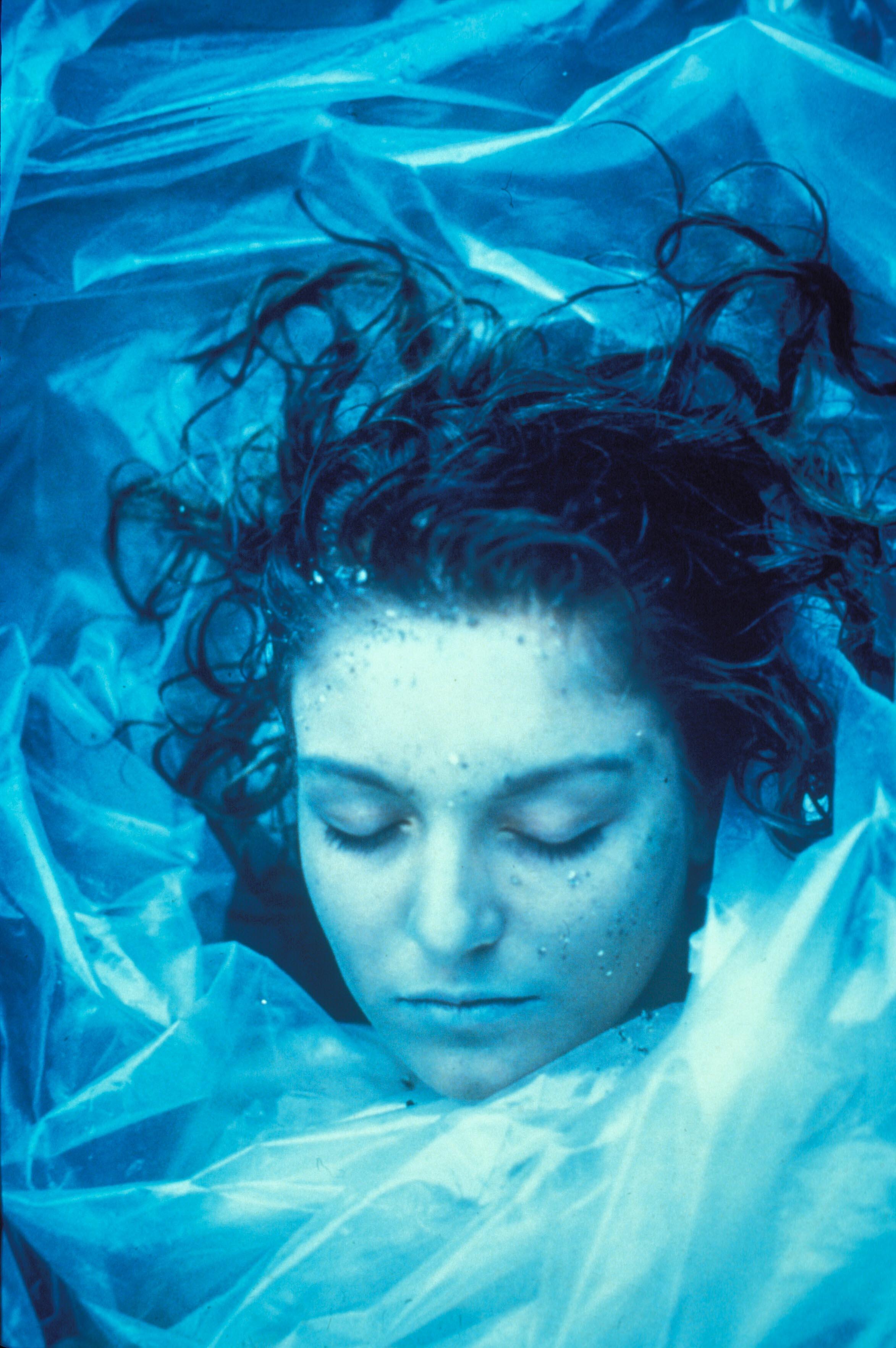 Laura Palmer struktureerib kogu sarja tähendusvälja oma puuduoleku kaudu. Kaader seriaalist