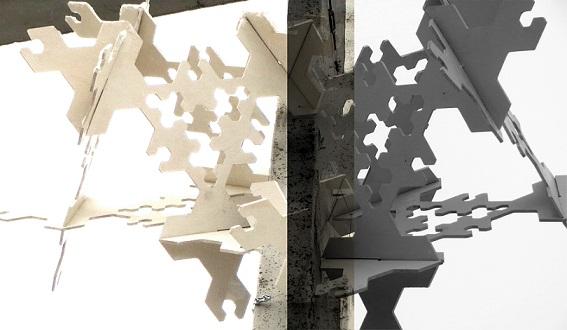 Uusnurga näitust artikuleerivad väikevormid Tartu Kaarsillal. Foto: Anna-Liisa Unt