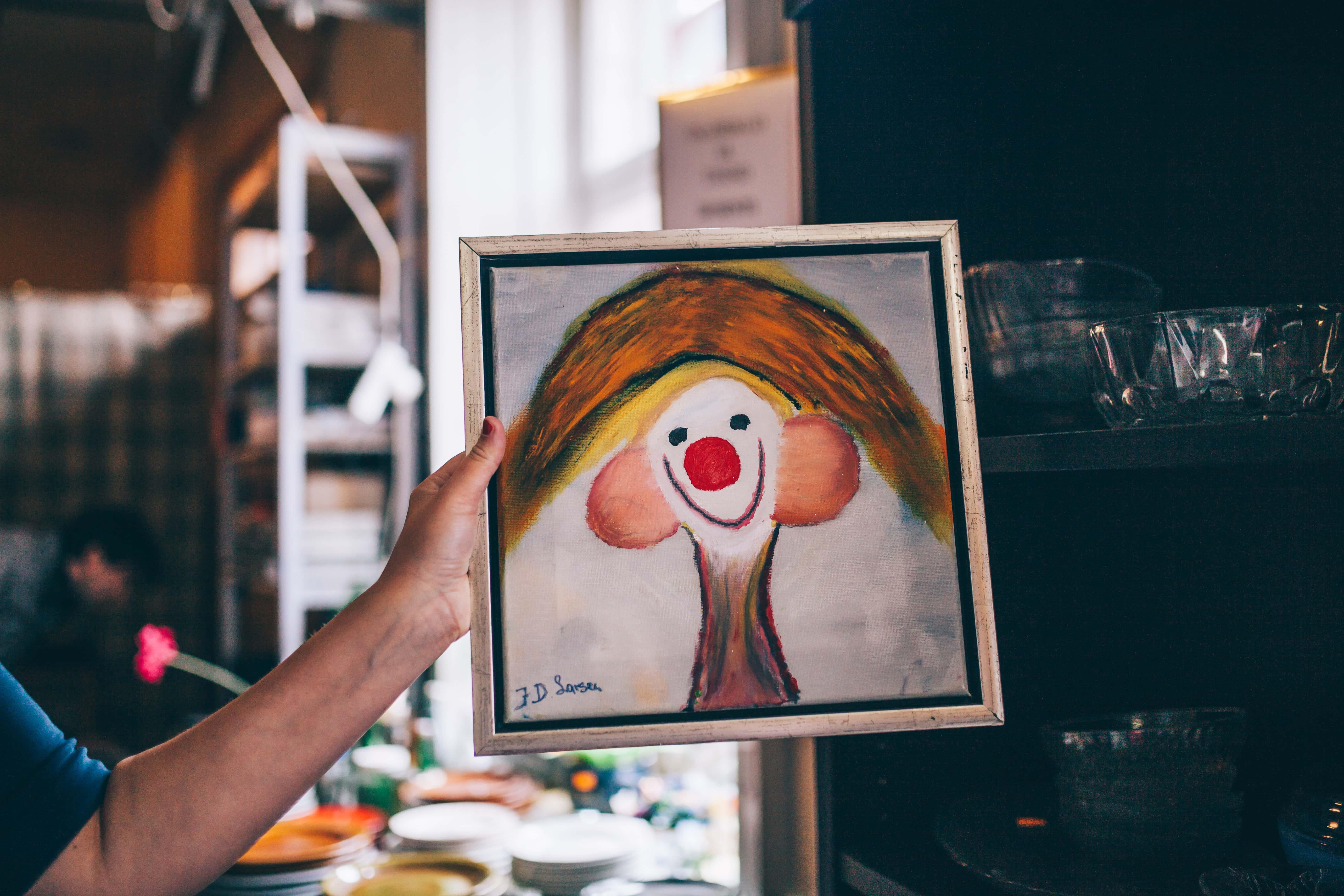 Hästi õnnestunud portreemaal kunstnik Larsenilt.
